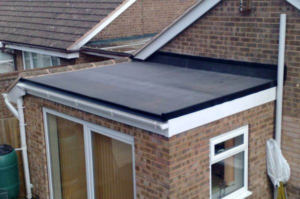 Home extension with a flat rubber roof